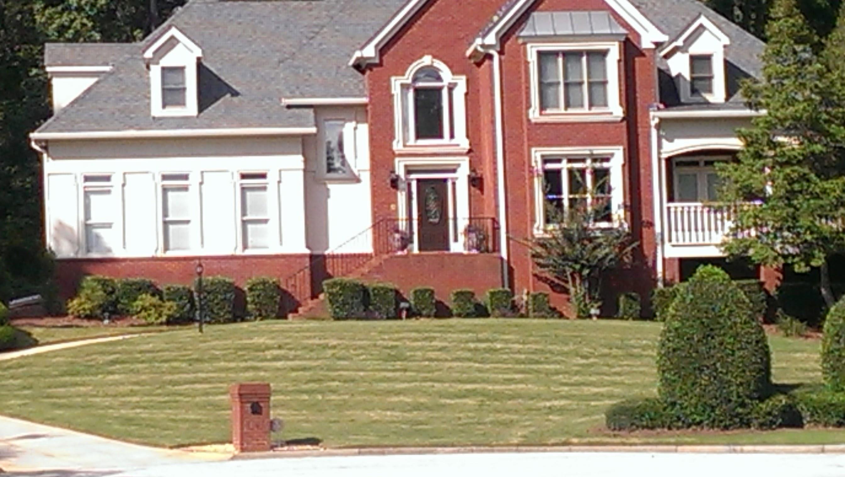 Lawn Care Service in Stone Mountain, GA, 30086