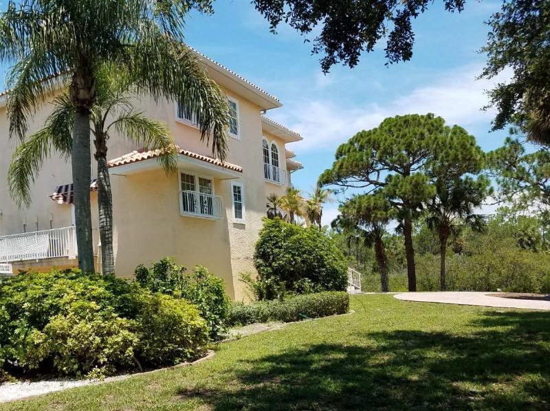 Lawn Care Service in New Port Richey, FL, 34652