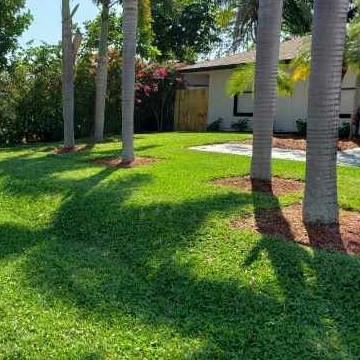 Lawn Care Service in Boynton Beach, FL, 33435