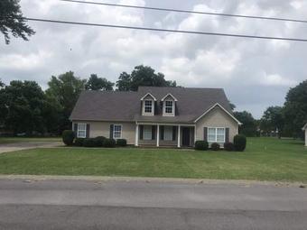Lawn Care Service in Bradyville, TN, 37026