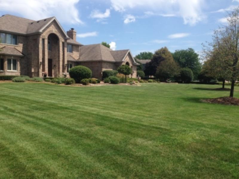 Lawn Care Service in Gardner, IL, 60424
