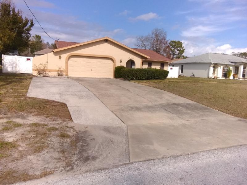 Lawn Care Service in Spring Hill, FL, 34606