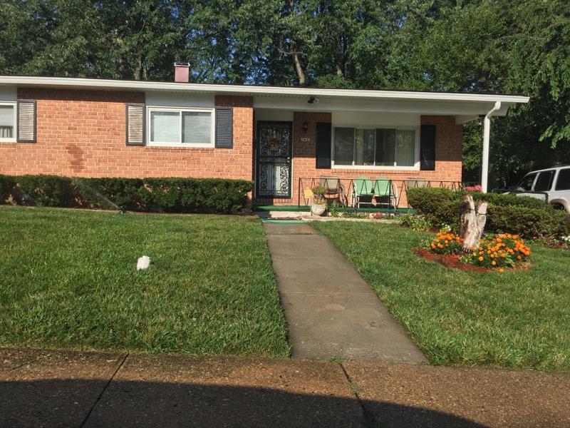 Lawn Care Service in Baltimore, MD, 21208
