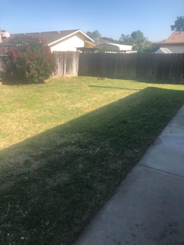 Lawn Care Service in Modesto, CA, 95351