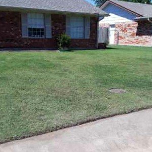 Lawn Care Service in Oklahoma City, OK, 73162
