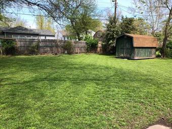 Lawn Care Service in Tulsa, OK, 74133