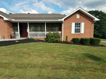 Lawn Care Service in Knoxville, TN, 37920