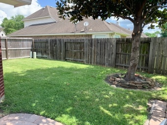 Lawn Care Service in Humble, TX, 77338