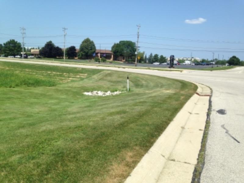 Lawn Care Service in Menomonee Falls, WI, 53051