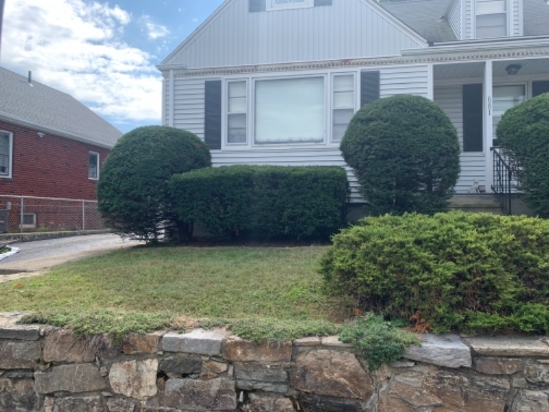 Lawn Care Service in Shelton, CT, 06484