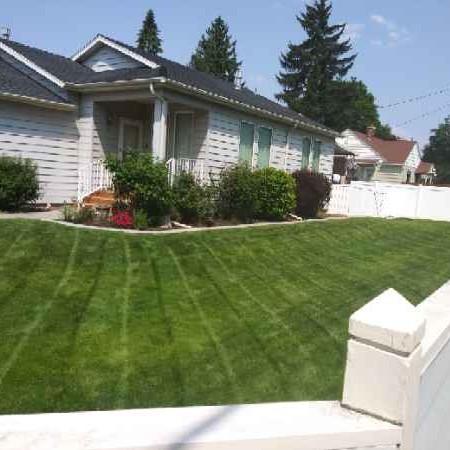 Lawn Care Service in Spokane, WA, 99205