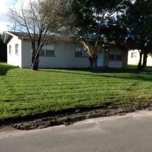 Lawn Care Service in Palm Bay, FL, 32905