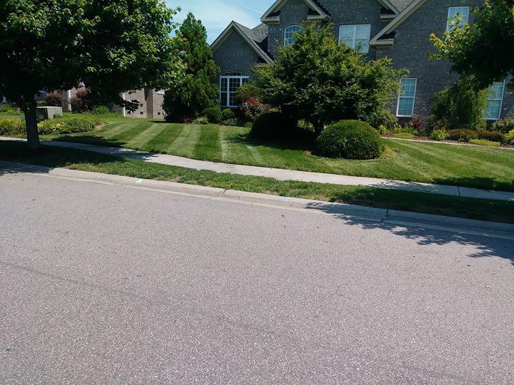 Lawn Care Service in Chesapeake, VA, 23323