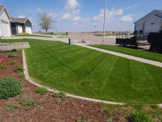 Lawn Care Service in Renner, SD, 57055