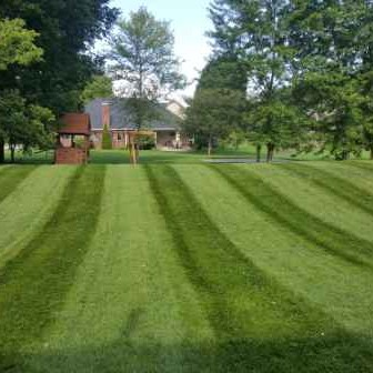 Lawn Care Service in Brownsburg, IN, 46112