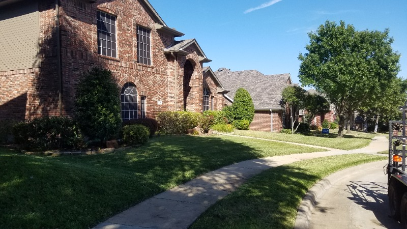 Lawn Care Service in Fort Worth, TX, 76117