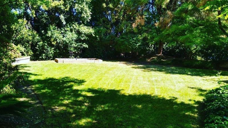 Lawn Care Service in Fresno, CA, 93702