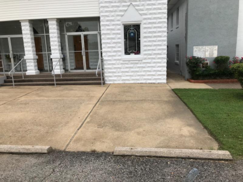 Lawn Care Service in Tuscaloosa, AL, 35453
