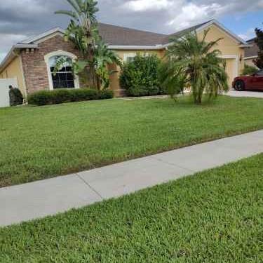 Lawn Care Service in Clarcona, FL, 32703