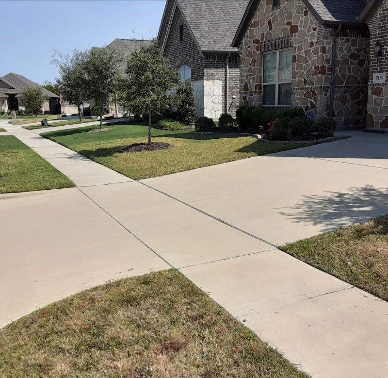 Lawn Care Service in Rowlett, TX, 75088