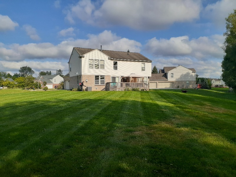 Lawn Care Service in Pontiac, MI, 48210