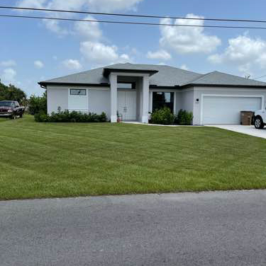 Lawn Care Service in Lehigh Acres, FL, 33971