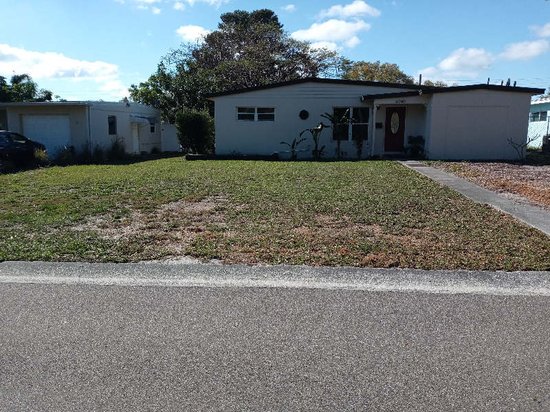 Lawn Care Service in Holiday, FL, 34690
