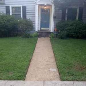 Lawn Care Service in Richmond, VA, 23224