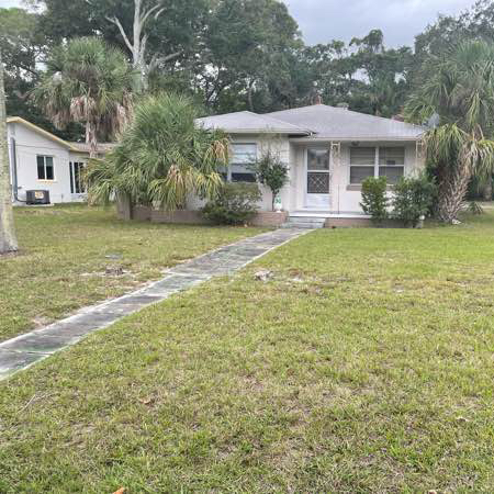 Lawn Care Service in St. Petersburg, FL, 33704