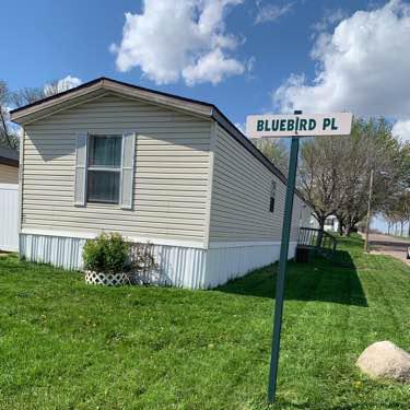 Lawn Care Service in Brandon, SD, 57005