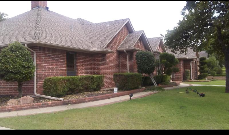 Lawn Care Service in Oklahoma City, OK, 73143