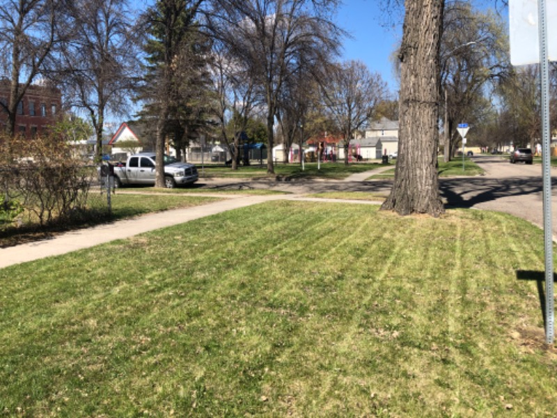 Lawn Care Service in Grand Forks, ND, 58201