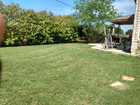 Lawn Care Service in Austin, TX, 78747