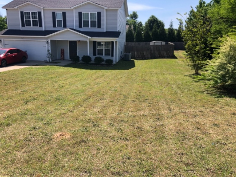 Lawn Care Service in Fayetteville, NC, 28311