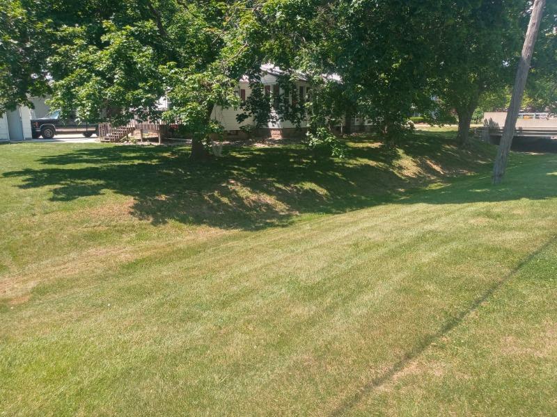 Lawn Care Service in Fowler, MI, 48835