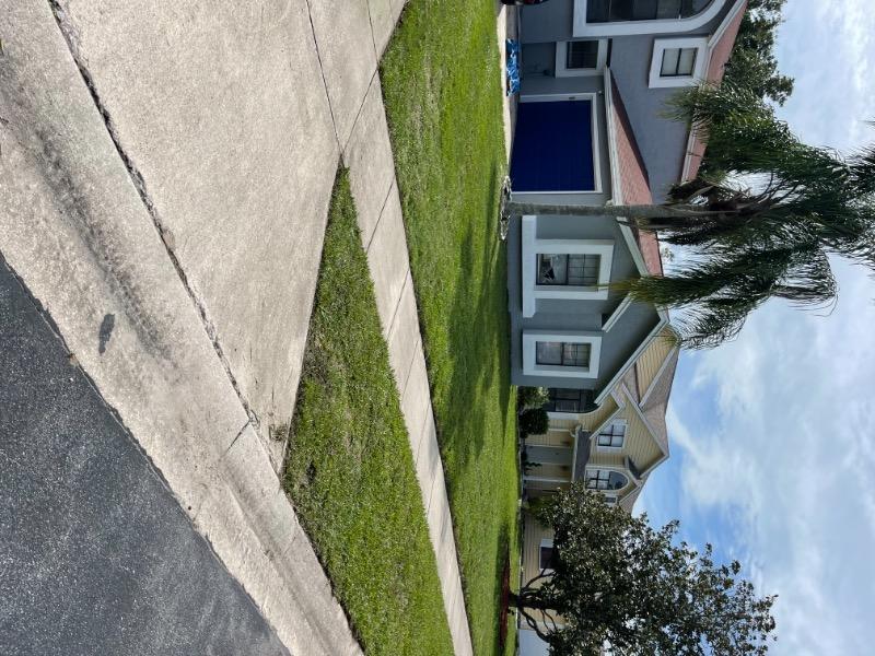 Lawn Care Service in Buena Ventura Lakes, FL, 34743