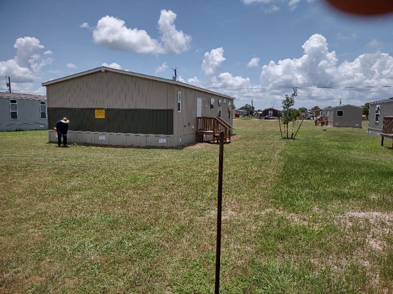Lawn Care Service in Victoria, TX, 77901