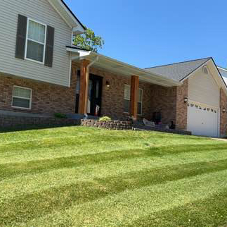 Lawn Care Service in St. Louis, MO, 63118