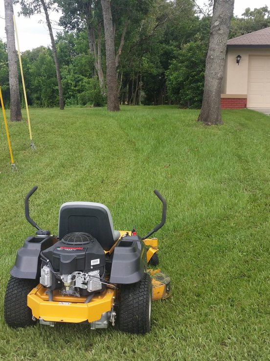 Lawn Mowing Contractor in Spring Hill, FL, 34606