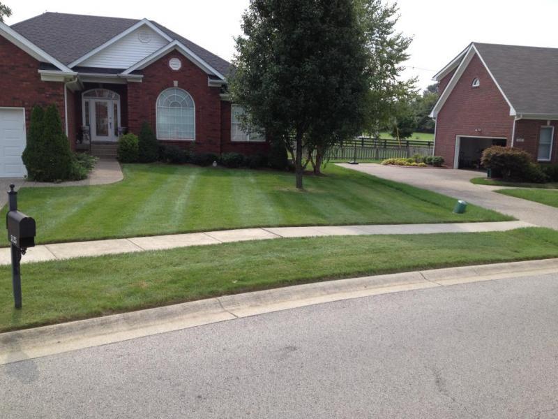Lawn Mowing Contractor in Murfreesboro, TN, 37128