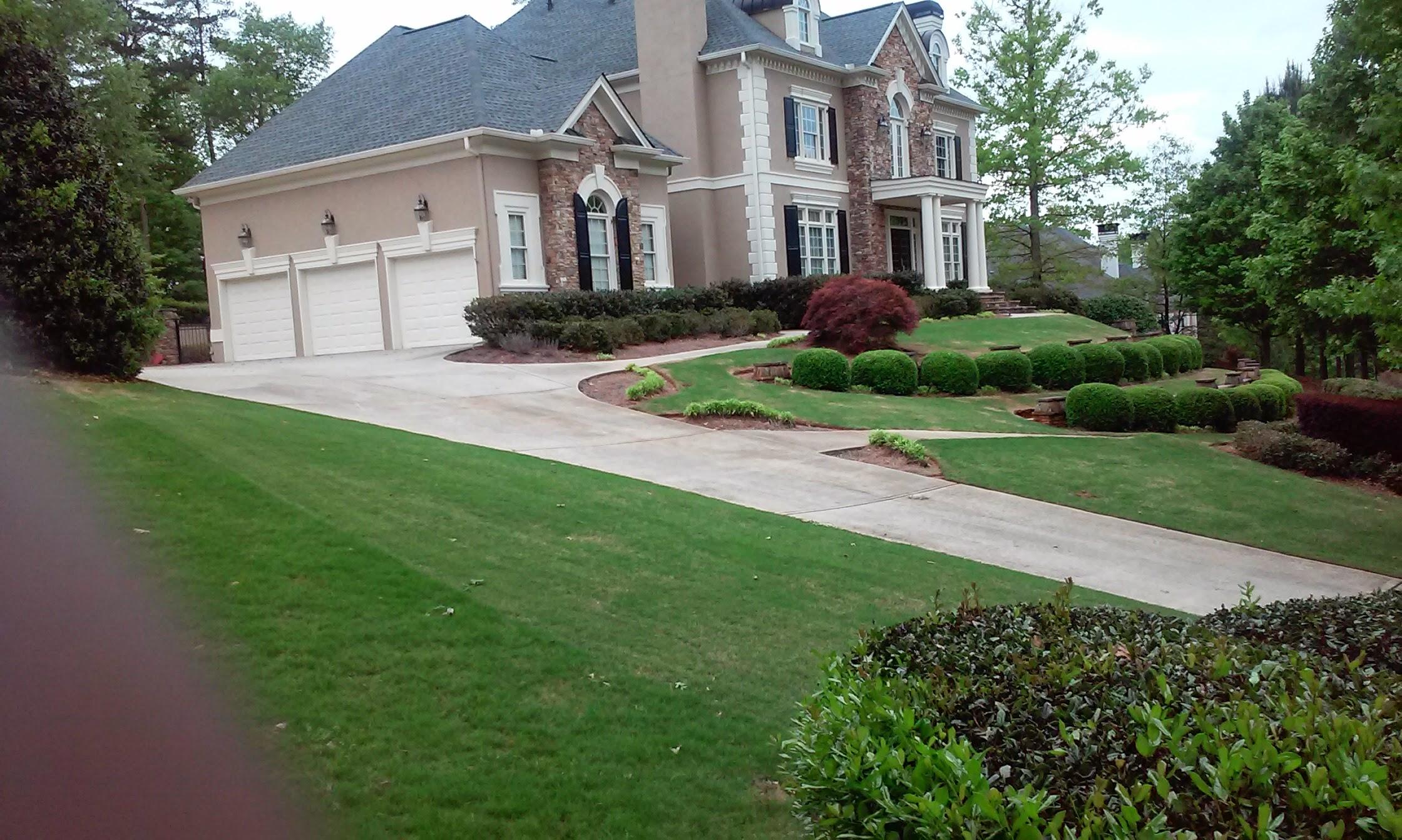 Lawn Mowing Contractor in Alpheretta, GA, 30009