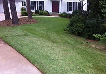 Lawn Mowing Contractor in Marietta, GA, 30067