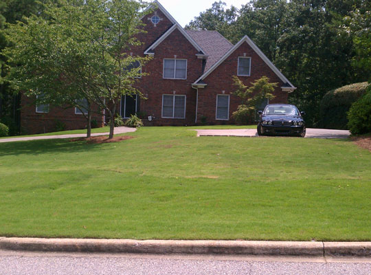 Lawn Mowing Contractor in Stone Mountain, GA, 30083