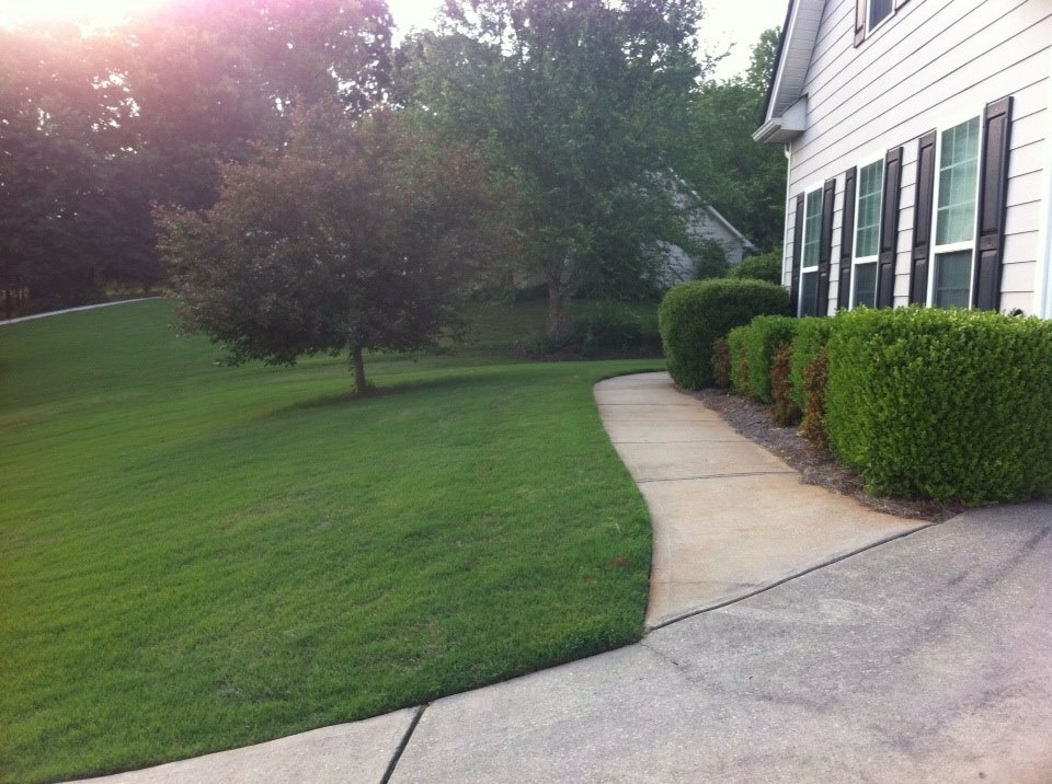 Lawn Mowing Contractor in Jefferson, GA, 30549