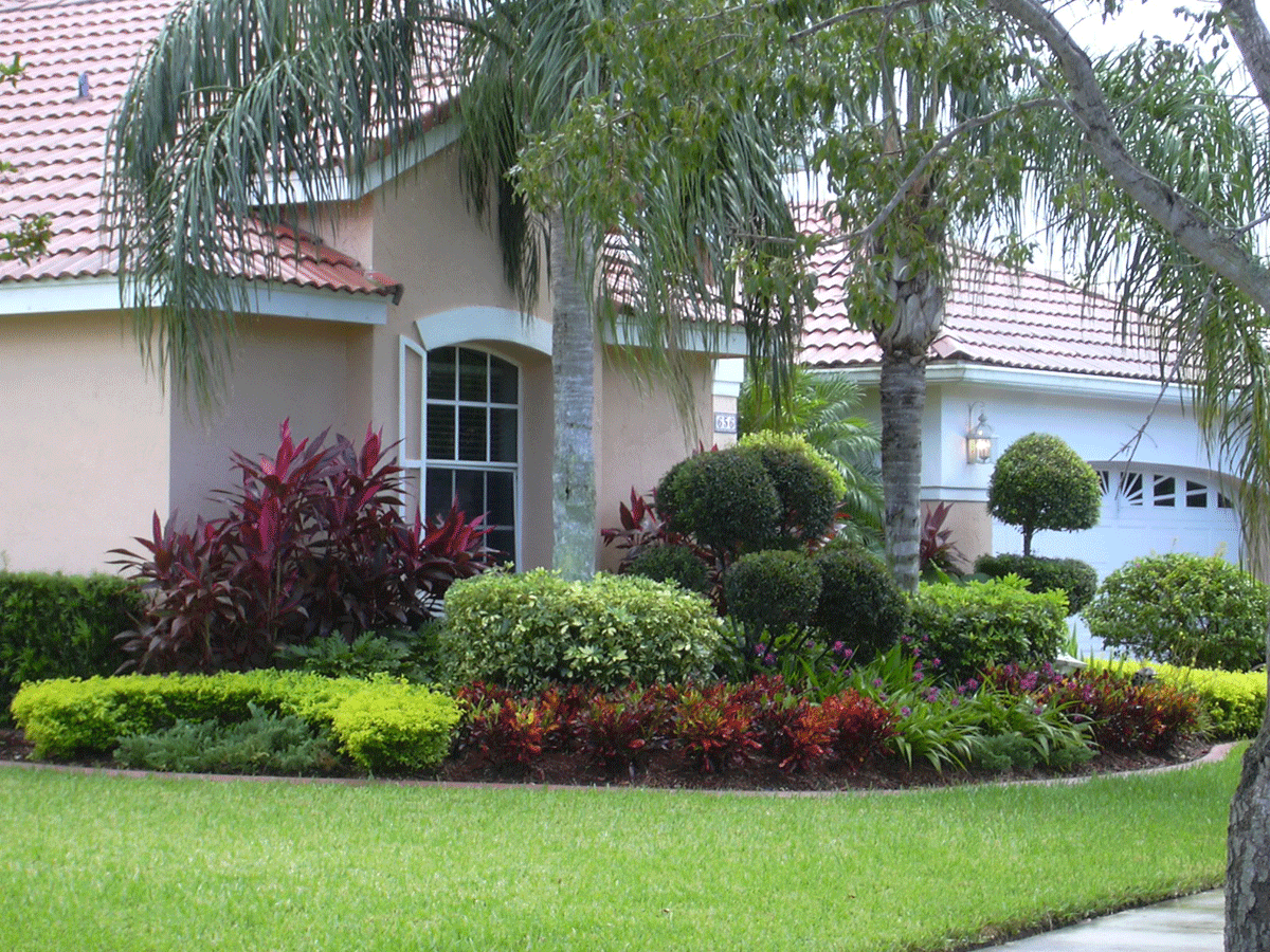 Lawn Mowing Contractor in Saint Petersburg , FL, 33710