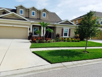 Lawn Mowing Contractor in Riverview, FL, 33579