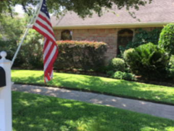 Lawn Mowing Contractor in Houston, TX, 77065