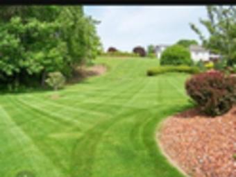 Lawn Mowing Contractor in Winder, GA, 30680