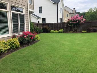 Lawn Mowing Contractor in Smyrna, GA, 30064