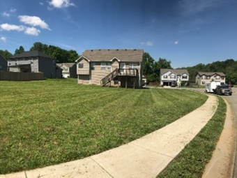 Lawn Mowing Contractor in Clarksville , TN, 37042